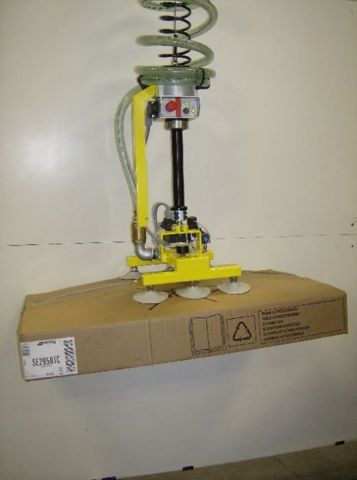 Cardboard Cases Handling By Means Of Vacuum Grippers