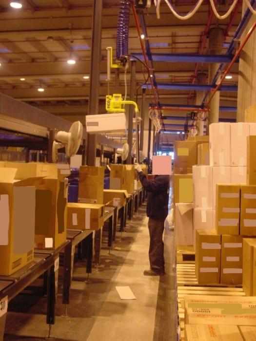 Přesuny krabic o výšce 2,8 m