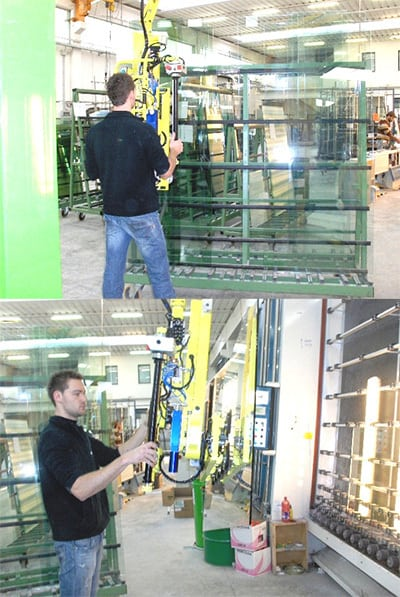 manipulator for handling large size glass panels