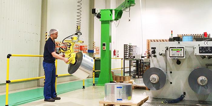 Orbital tool head for packaging paper reel