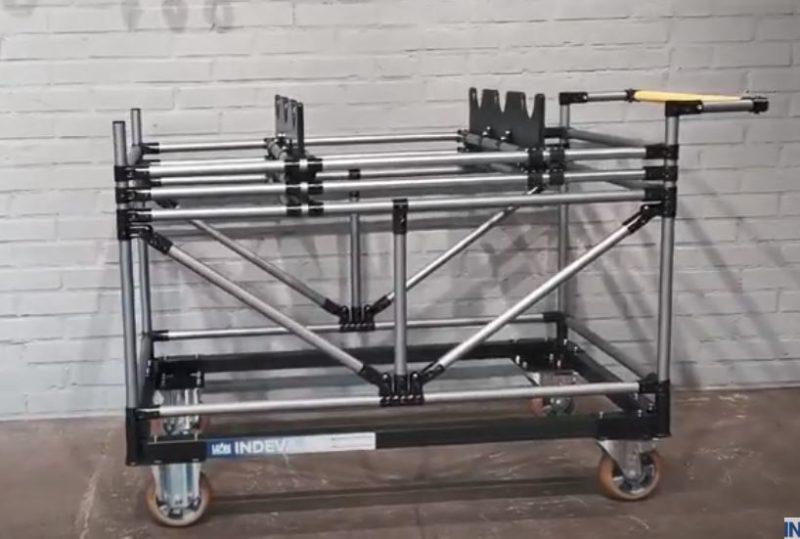 Adjustable kit trolley for camshafts
