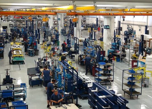 Smart Factory with INDEVA AGV