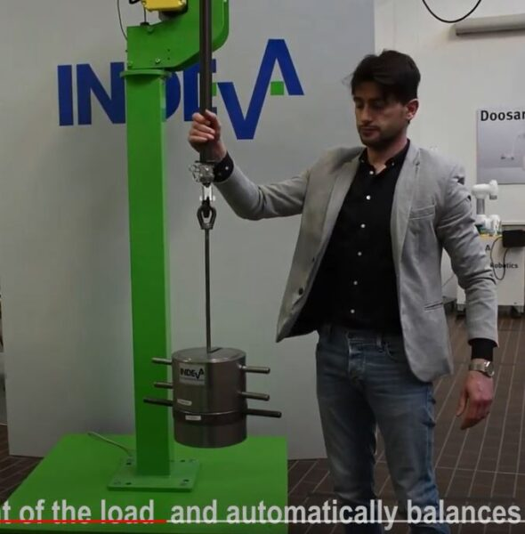 effortless material handling with an Autobalancing manipulator